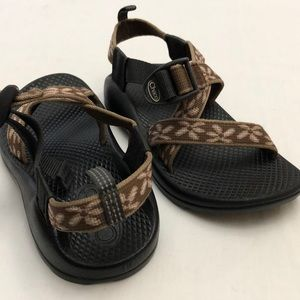 CHACO Children Sz 1Y Sandals